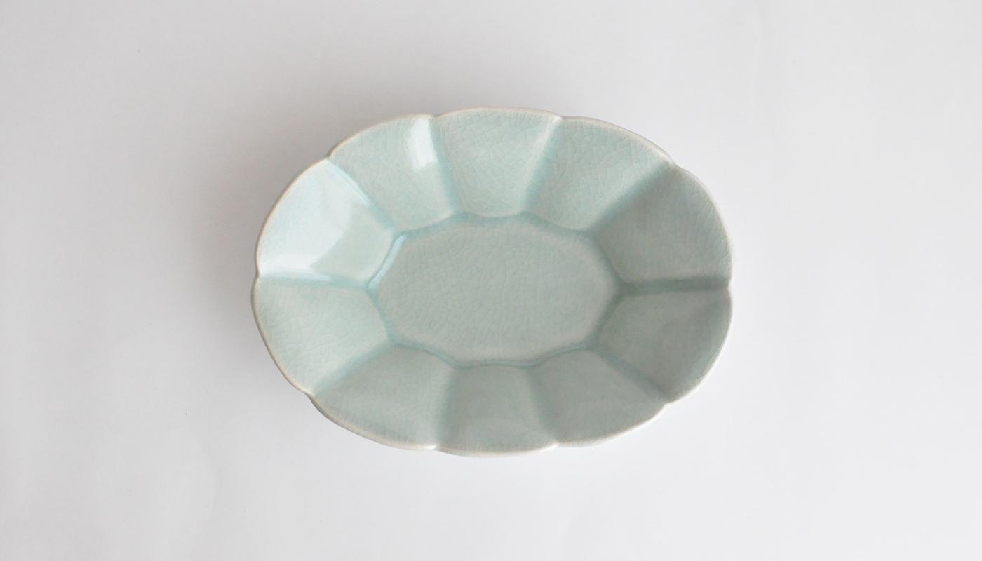 青瓷輪花楕円鉢 | 石黒 剛一郎