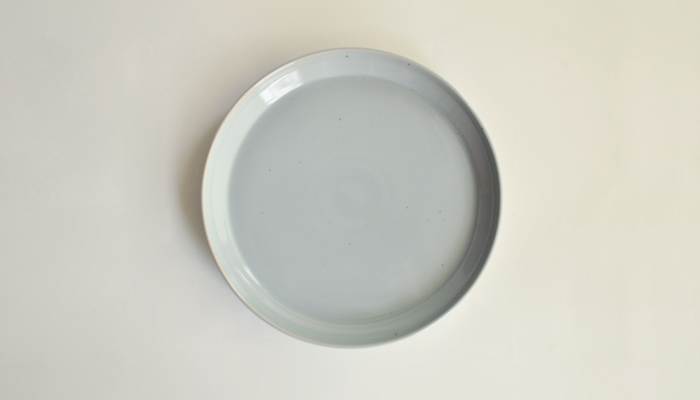 プレート 20.5cm アースグレー | RIM by KINTO